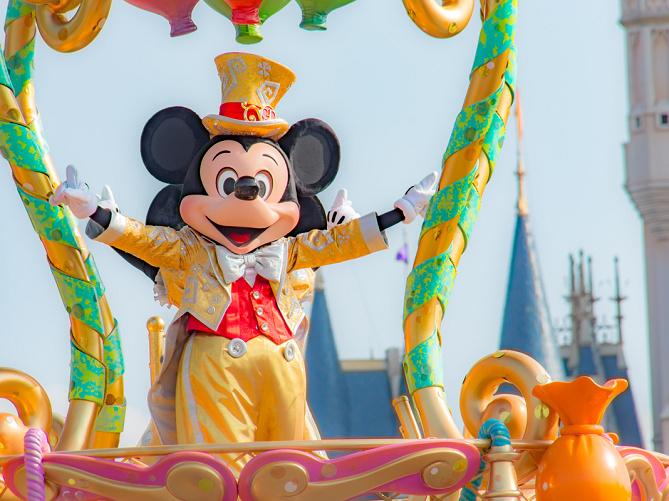 【2019最新】ミッキーマウス徹底解説!プロフィール・顔・声まとめ!大混雑の誕生日やパーク情報も!