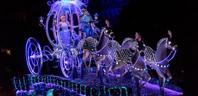【見本あり】エレクトリカルパレード写真を綺麗に!一眼レフの設定やダンサーのおすすめの撮り方