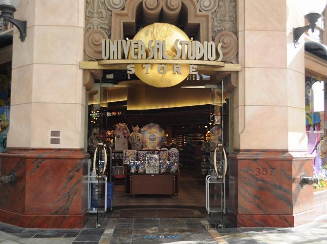 【USJ】たくさん入って配りやすいお土産36選!バラマキ用の個包装のお菓子&シェア向きボールペンセットも