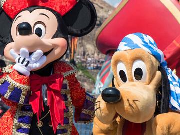 【2019】ディズニー秋の持ち物リスト!9月&10月の必需品・仮装にあると便利なもの・シチュエーション別
