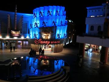 【ユニベアシティ】ディズニー「モン&ブラングッズ」5選!買える場所や背景をご紹介!