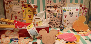 【8/1発売】ディズニーフードメニューの最新グッズ12種類!ミッキーワッフルやアイスの文房具