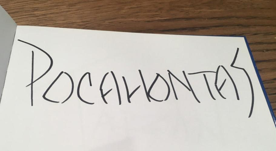 【レアサインあり】ディズニーでサインをもらうおすすめグッズは?サイン帳&ペン以外のアイテムも