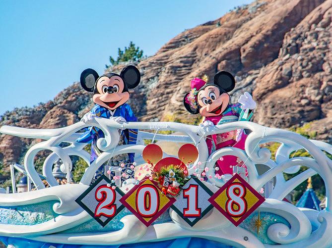【最新】ディズニーお正月イベント!TDSは主役のプルートとミッキーたちが新年のお祝い!