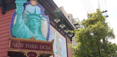【ニューヨーク・デリ】テイクアウトOK!メニュー&値段!ディズニーシーの食べ歩きにも