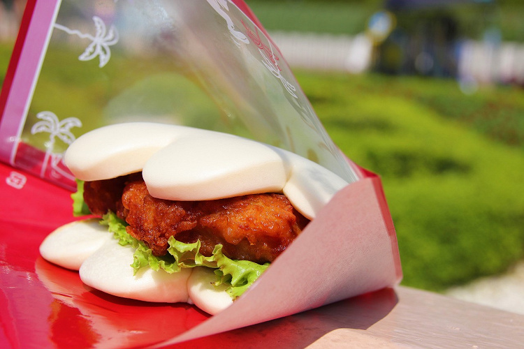 【2021】ディズニーランドの食事おすすめ27選!食べ歩き・コスパ重視・高級・名物グルメ