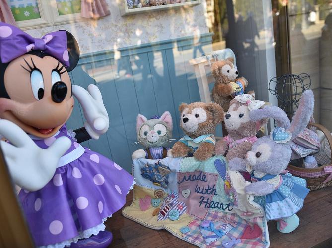 【2019】ダッフィーのお菓子7選!値段&販売場所まとめ!ハートウォーミング&35周年限定グッズも!