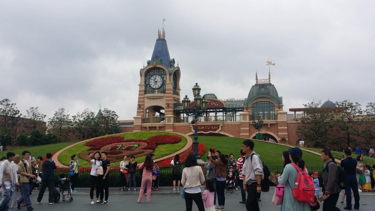 【2019】上海ディズニーランドの混雑情報!空いている時期&混雑対策まとめ!ファストパスを上手に使おう!