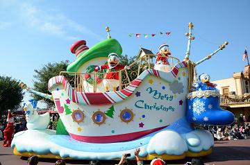 【混雑予想】2019年12月のディズニーはクリスマス本番&年末!休日・冬休み・年末休暇の混雑に注意!