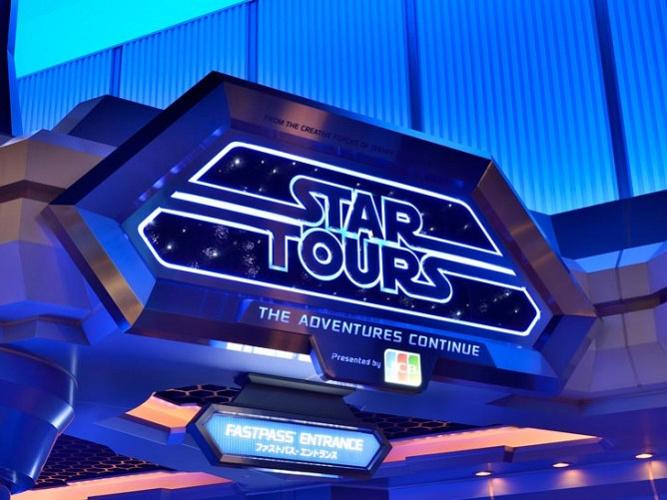 【TDL】スター・ツアーズ:ザ・アドベンチャーズ・コンティニューの楽しみ方や歴史をご紹介!