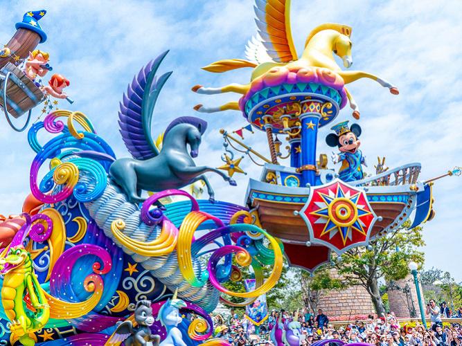【ディズニーランド】ショー&パレードの中止情報まとめ!コロナ対策で開催休止中!