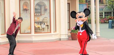 【アーリーエントリーチケット】ディズニーホテル宿泊者向けの有料早期入園券!ハッピー15エントリーと比較