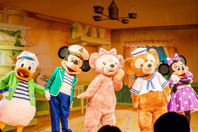 【ディズニー】ダッフィーの赤ちゃんグッズ5選!出産祝いにおすすめのカバーオールなどを紹介!