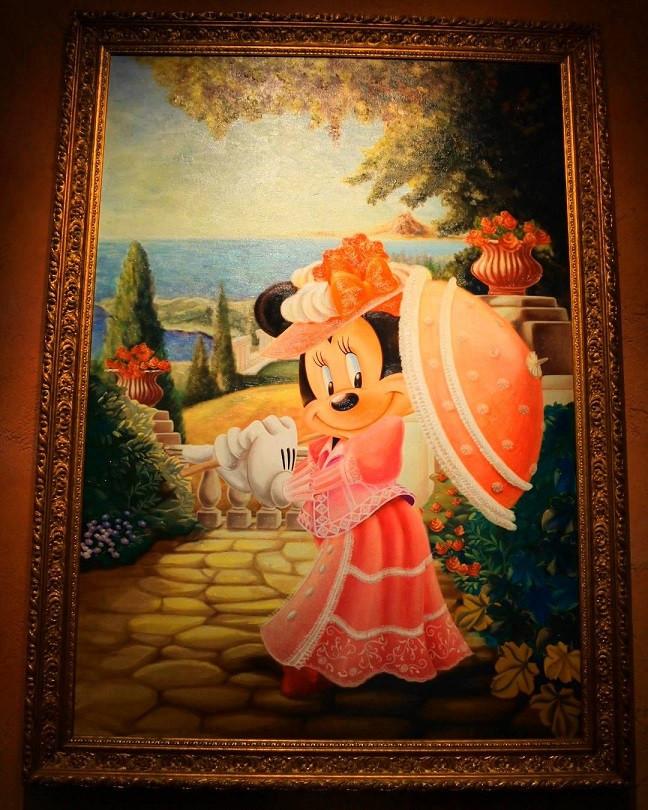 飾られている絵画