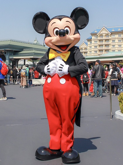赤いズボンのミッキー