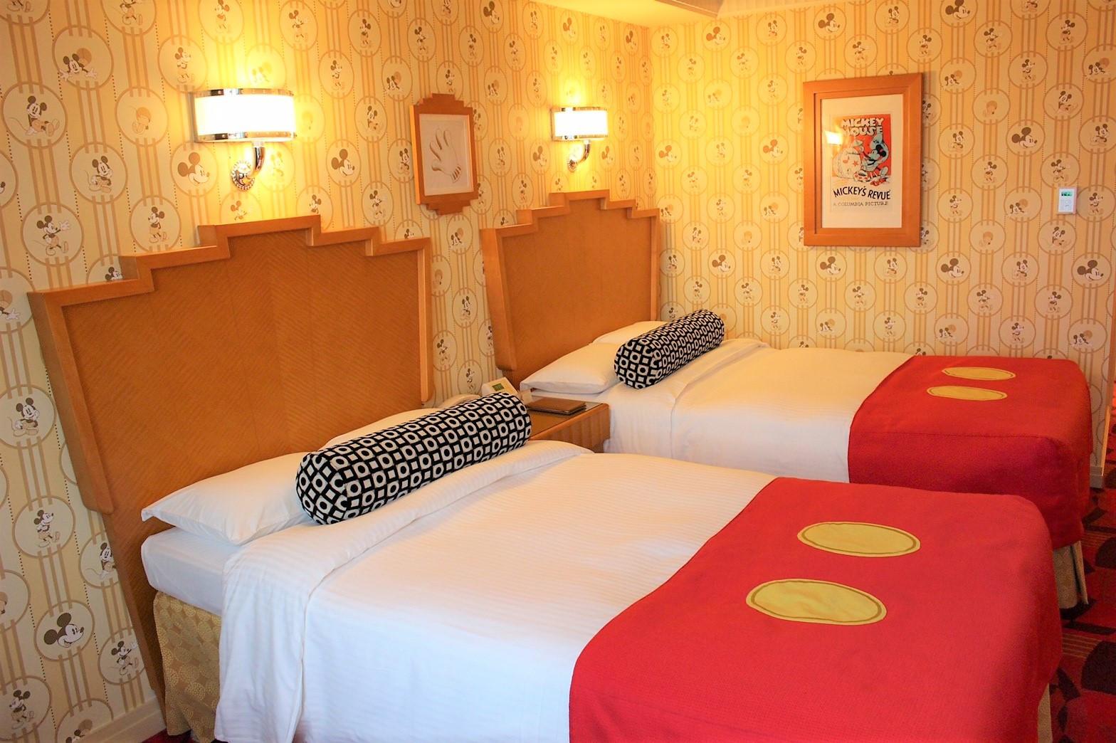ミッキーマウスルーム(アンバサダーホテル)のベッド