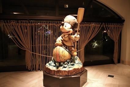 ミッキーの銅像(セレブレーションホテルディスカバー)