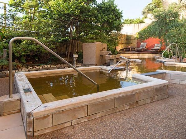 舞浜ユーラシアは本格的な温泉が利用し放題!