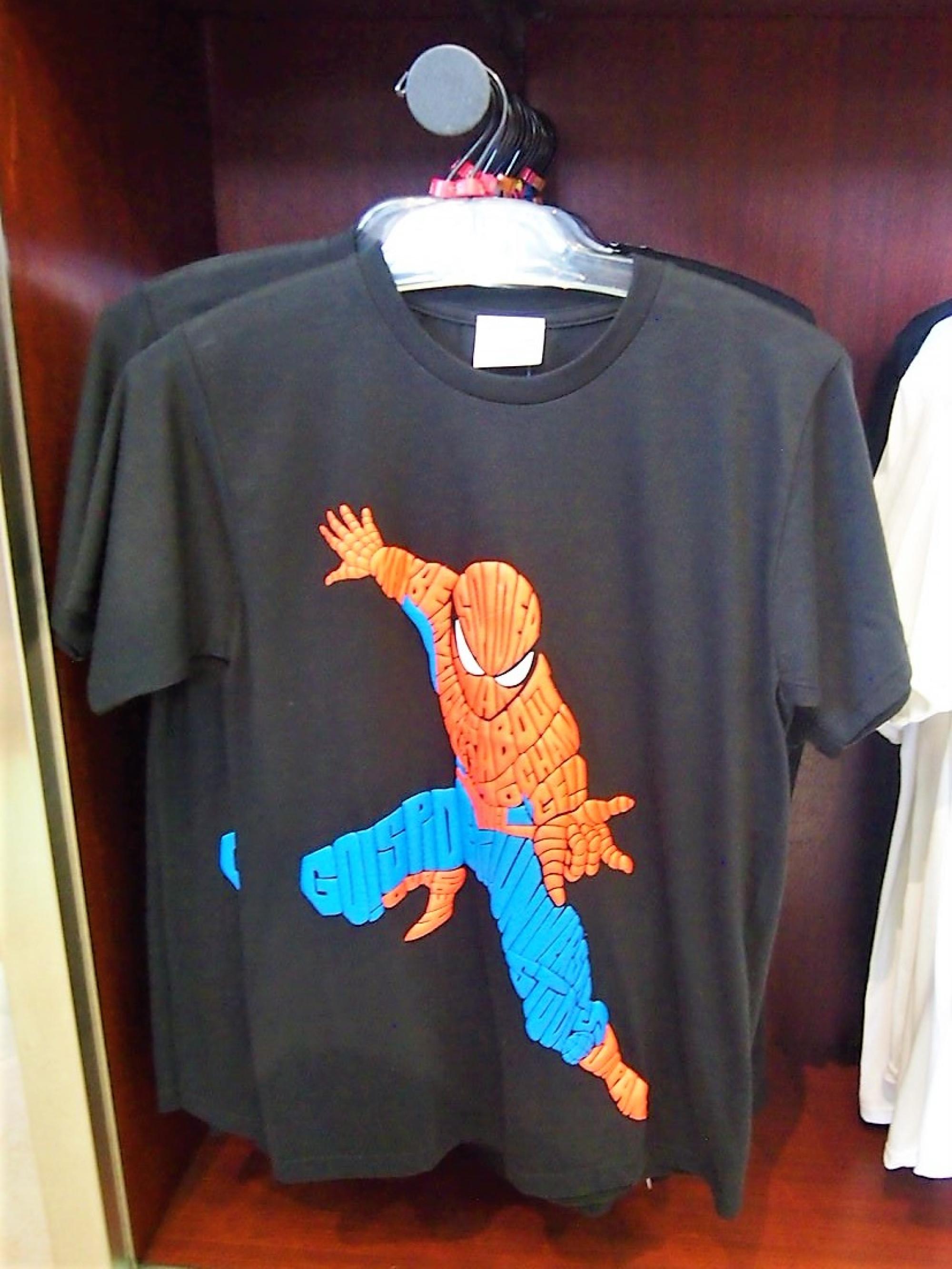 スパイダーマンタイポグラフィTシャツ