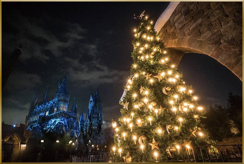 ホグズミート村のクリスマスツリー