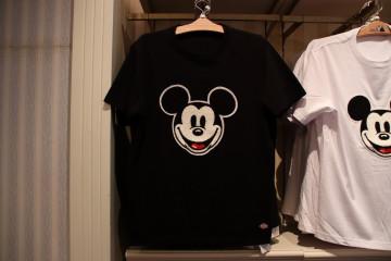 【7/17発売】ディズニー新作ファッショングッズ7選!ディッキーズコラボTシャツ&ハーフパンツ!