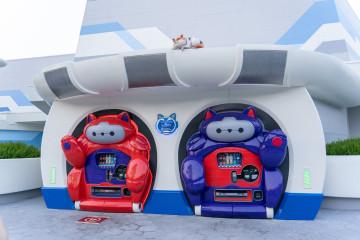 【ディズニーの自動販売機】場所・種類・設置の理由まとめ!限定デザインのペットボトル!