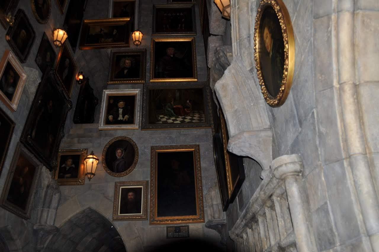 ホグワーツ城の「動く肖像画の部屋」
