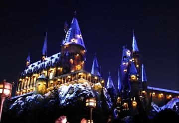 【クイズ】ハリーポッターに登場する有名な呪文18選!エクスペクトパトローナムは何の呪文?