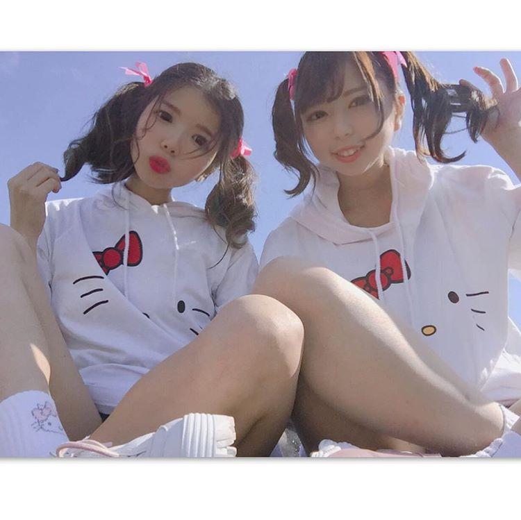 【ハローキティの双子コーデ】キティパーカー