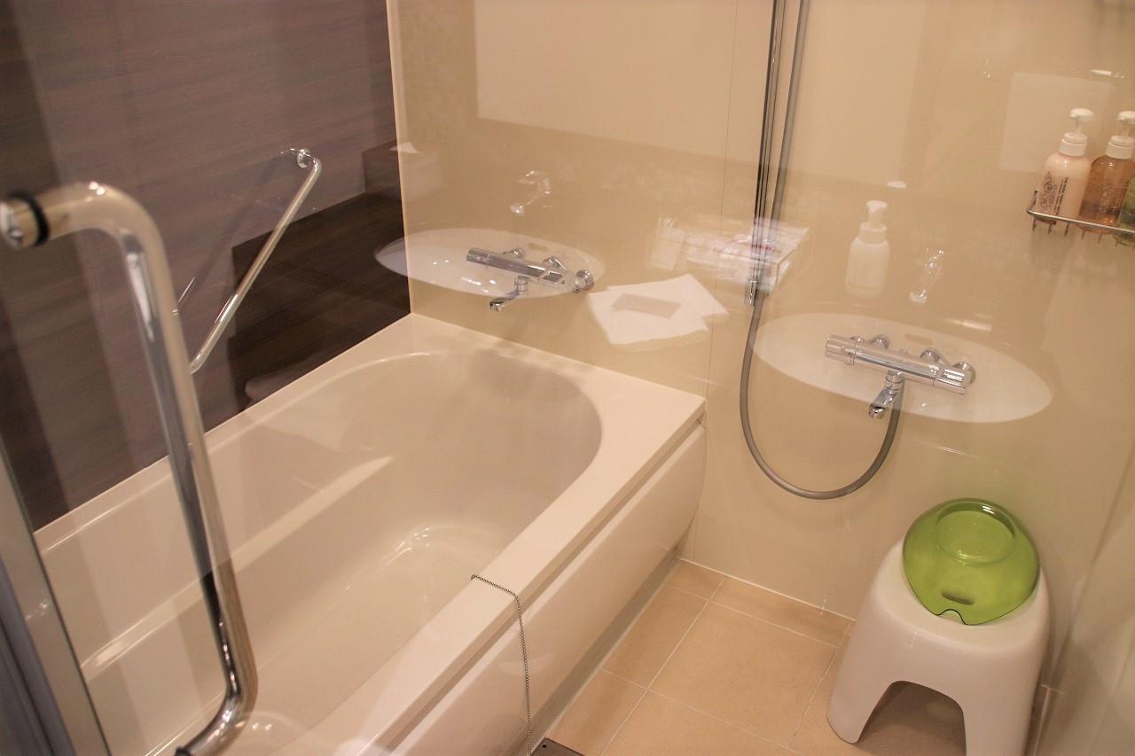 洗い場付きのバスルーム