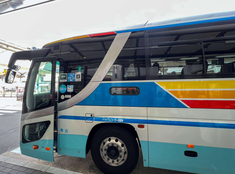 【USJ】伊丹空港からバスが便利!所要時間や金額まとめ!電車とタクシーと比較も!