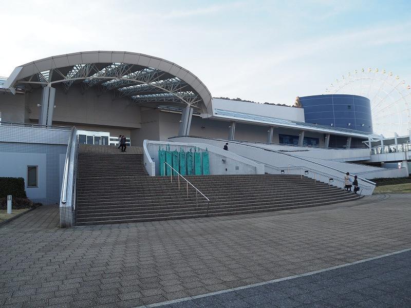 名古屋港水族館の入口