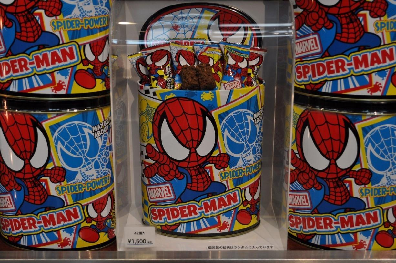 スパイダーマン缶入りクランチチョコレート
