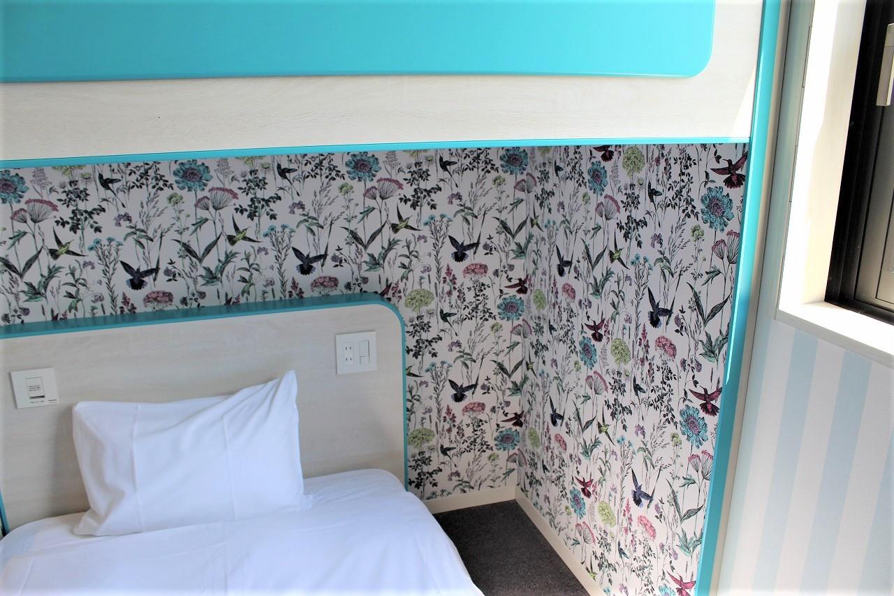 2段ベッドルーム(ボタニカル)下段ベッド