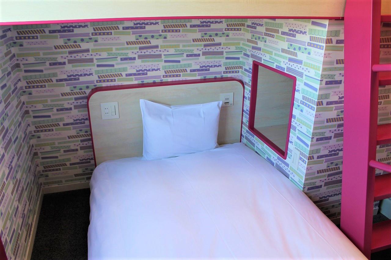 2段ベッドルーム(ドット)の下段ベッド