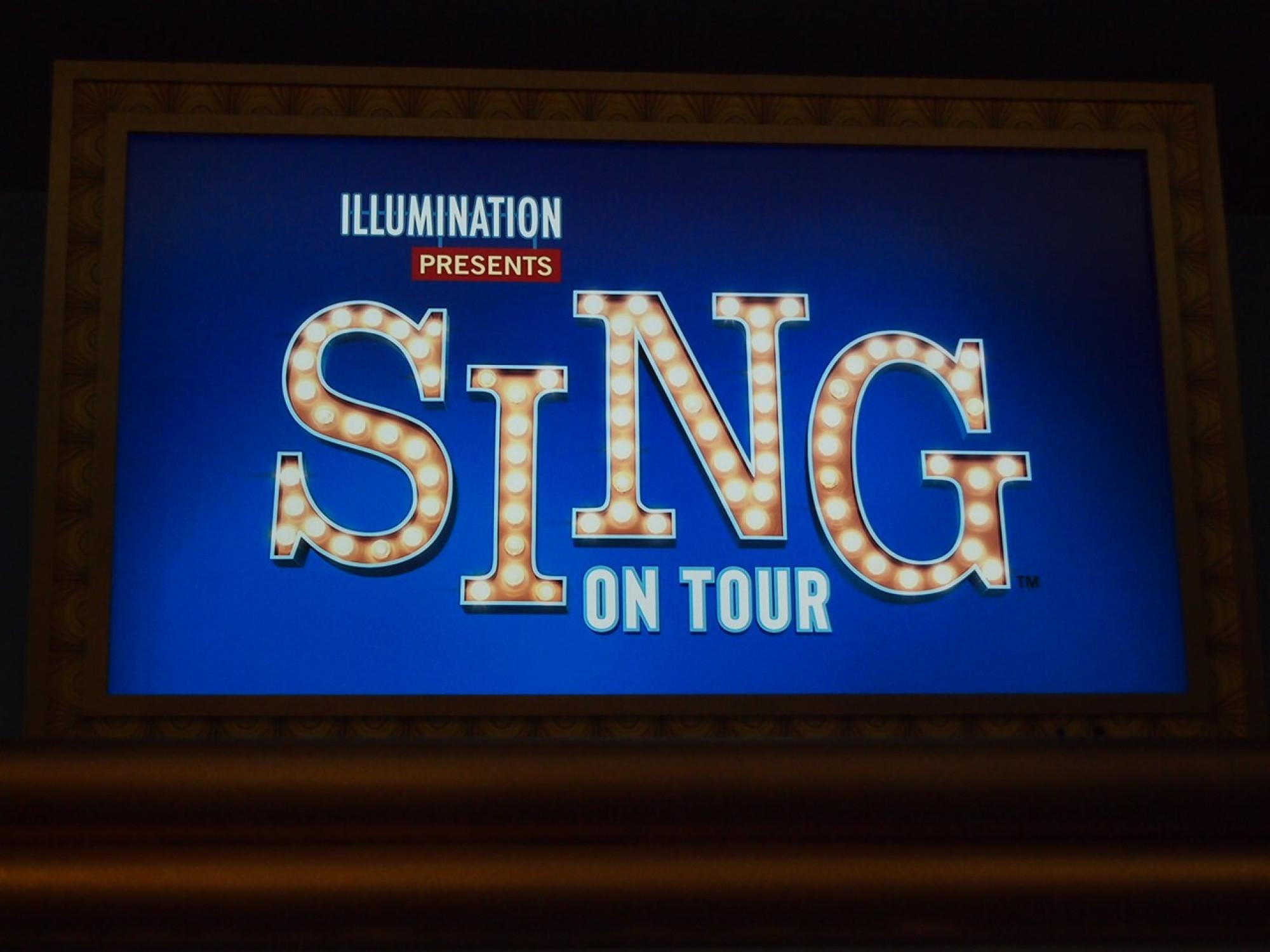 SING ON TOURの看板