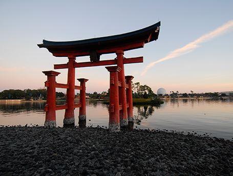厳島神社の鳥居を再現