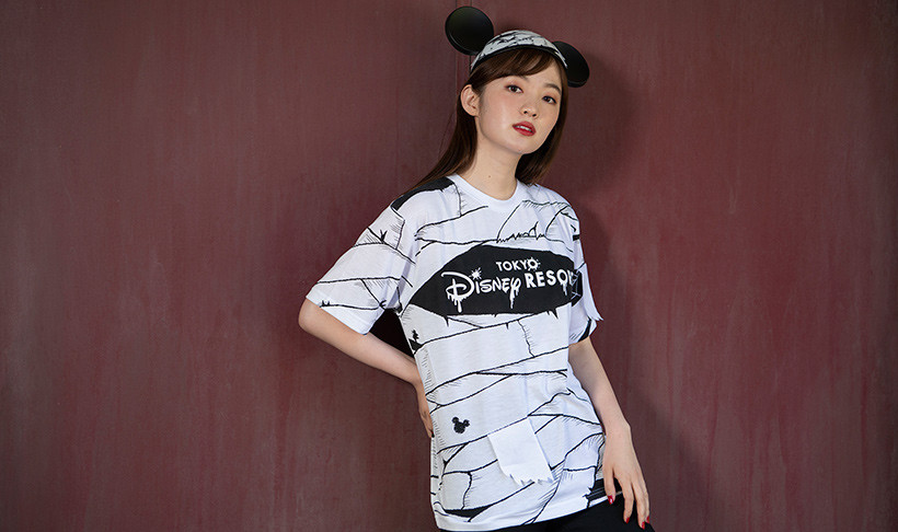 Tシャツ(M/L) 各2,800円/ミッキーのイヤーハット 2,000円