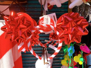 【最新】ディズニークリスマス2019グッズ15選!セーター&ファンキャップ・カチューシャなどが登場!
