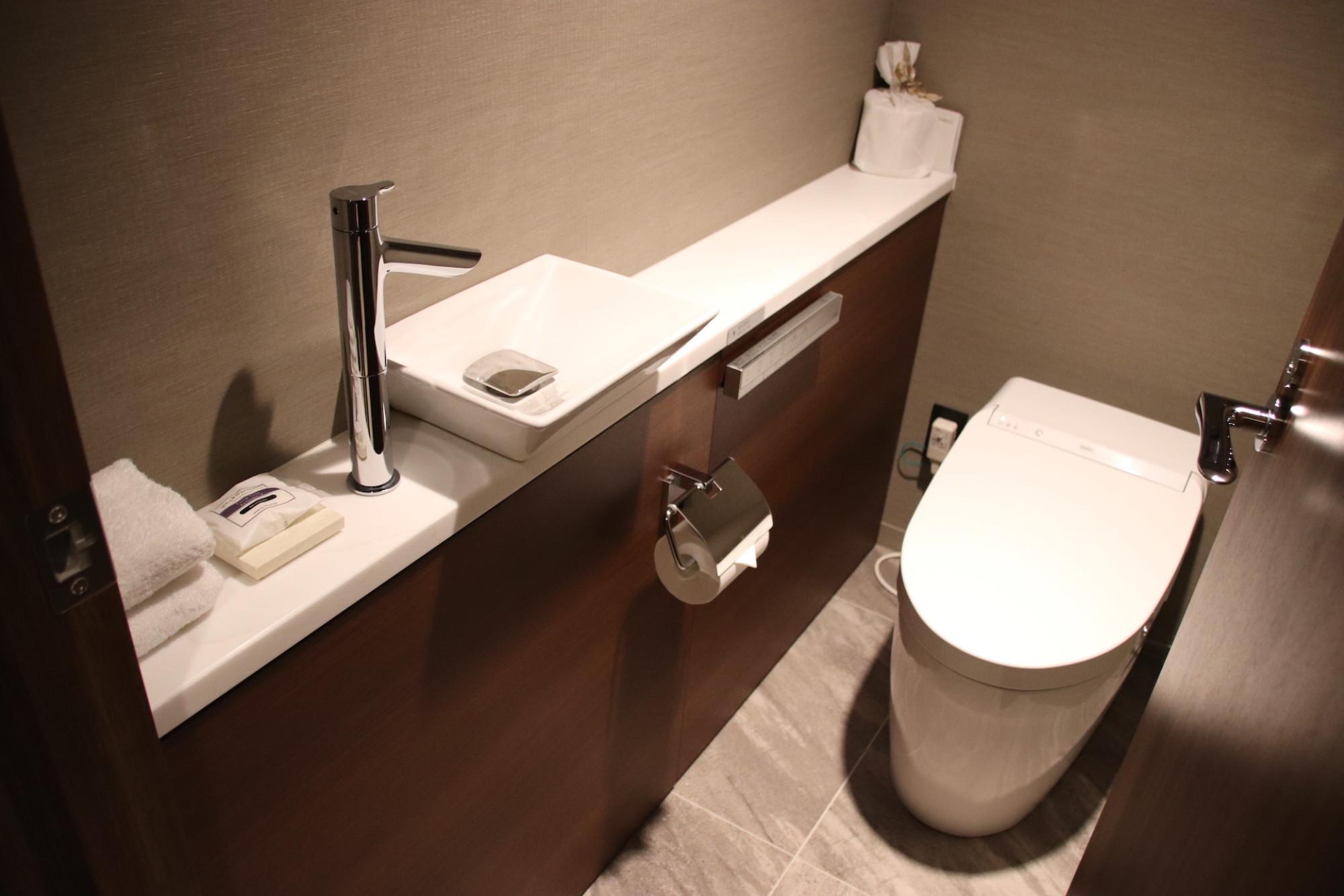 ファミリー ルームのトイレ