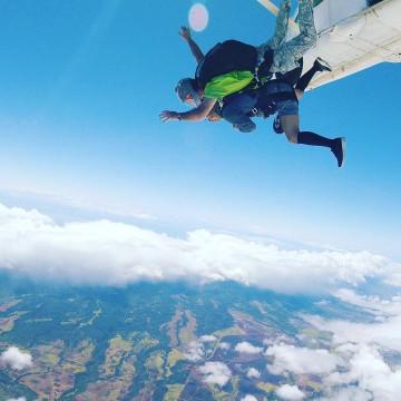 【絶景】ハワイのスカイダイビング徹底攻略!スリル満点のアクティビティで空からハワイを楽しもう!