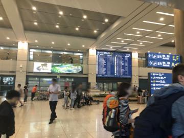 【簡単】ソウル市内へのアクセスを比較!仁川空港と金浦空港、どっちが便利?電車・バス・タクシーの乗り方も