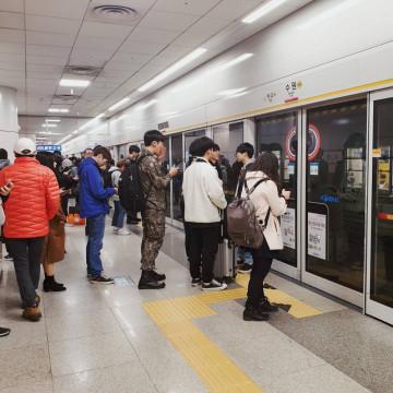 【初心者】韓国ソウルの地下鉄の乗り方まとめ!路線図、料金、終電、地下鉄アプリの使い方も
